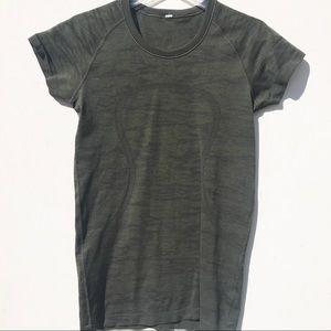 LULULEMON Camo Swiftly Tech green shirt 8 Top